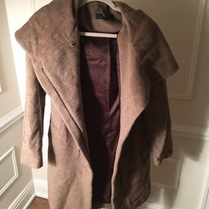 Chic and extremely warm Cole Haan Coat with Hood